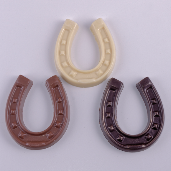 chocolate horse shoes